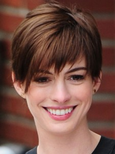 ghk-timeless-beauty-trends-pixie-cut-anne-hathaway-lgn-49329354