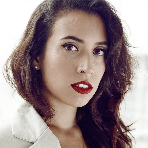 Mychelle Pavão semifinalista prêmio Avon de maquiagem